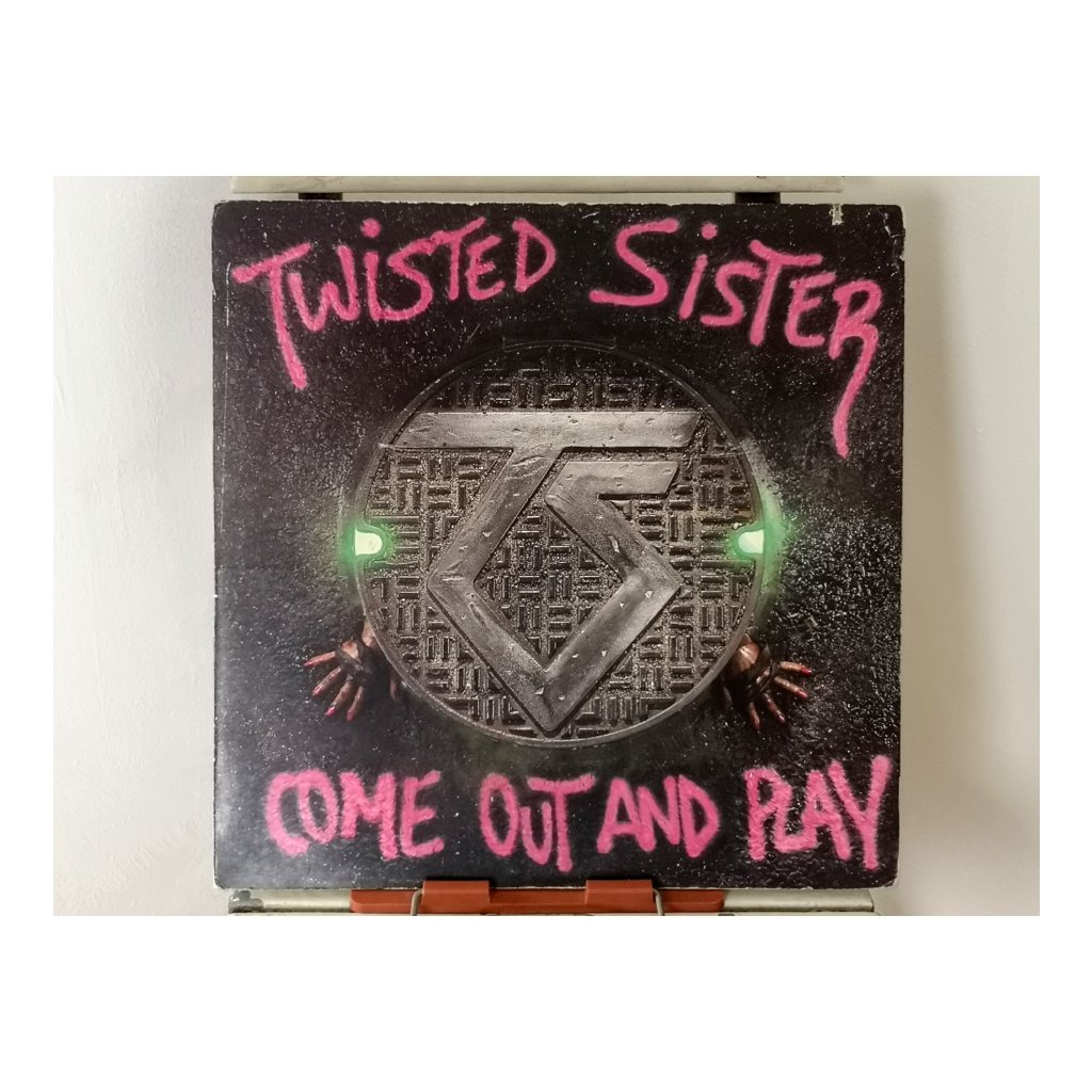 Twisted Sister ‎– Come Out And Play