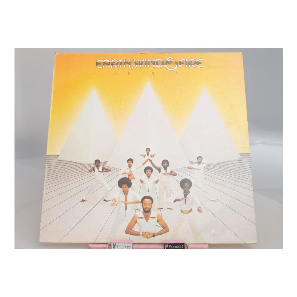 Earth, Wind & Fire ‎– Spirit