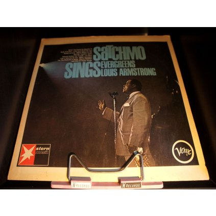 Louis Armstrong - Satchmo Sings Evergreens LP