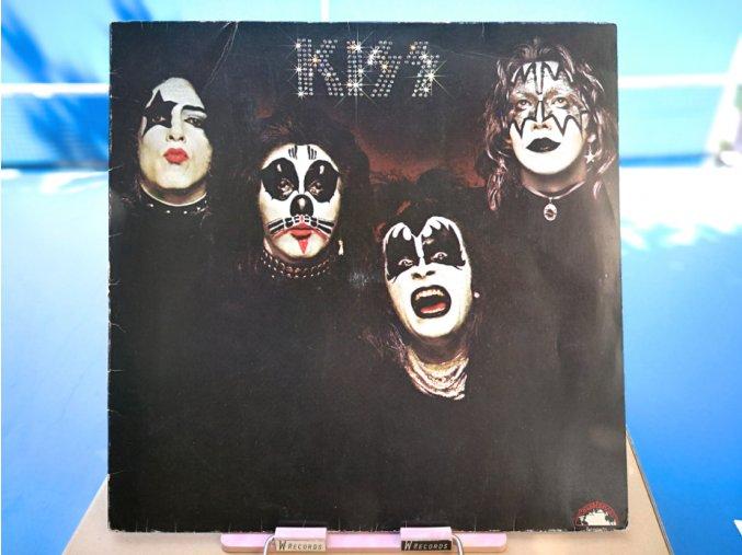 Kiss – Kiss