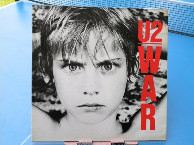 U2 – War
