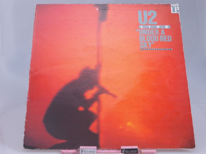 U2 ‎– Under A Blood Red Sky (Live)