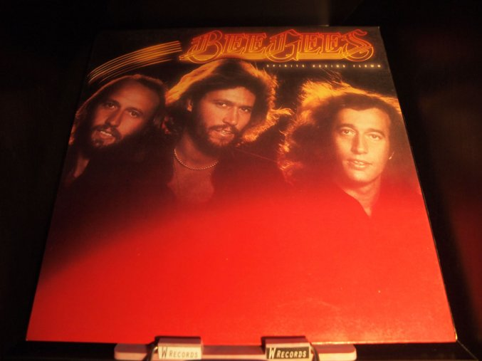 Bee Gees - Spirits Having Flown