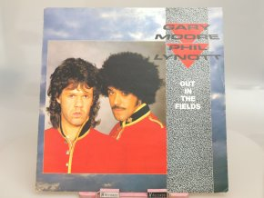 Gary Moore & Phil Lynott – Out In The Fields