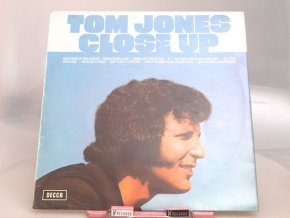 Tom Jones – Close Up