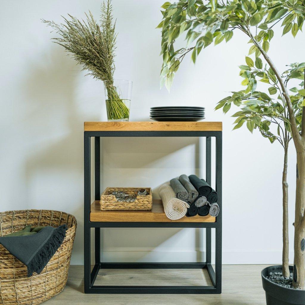 luxusní odkládací stolek z dubového dřeva