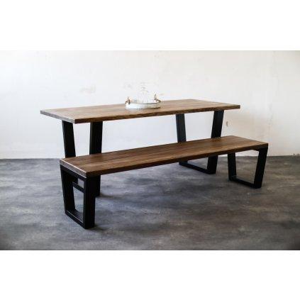 stylový jídelní stůl