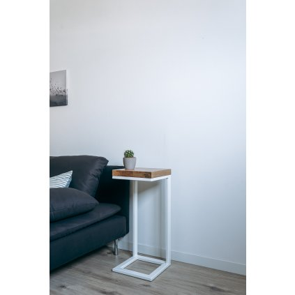 Odkládací stolek Tower