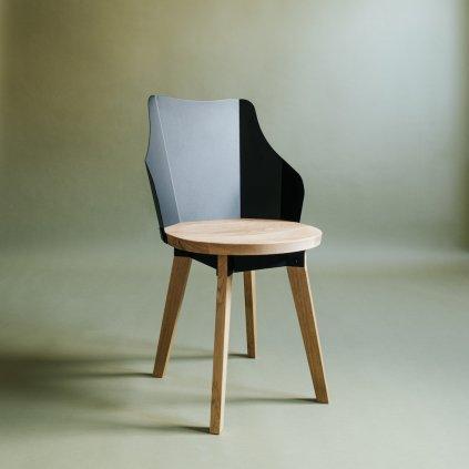 Jídelní židle s dubovým přírodním podsedákem a černým kovovým opěradlem