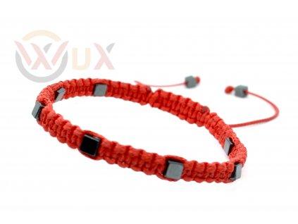 Červený s kamínkem IV