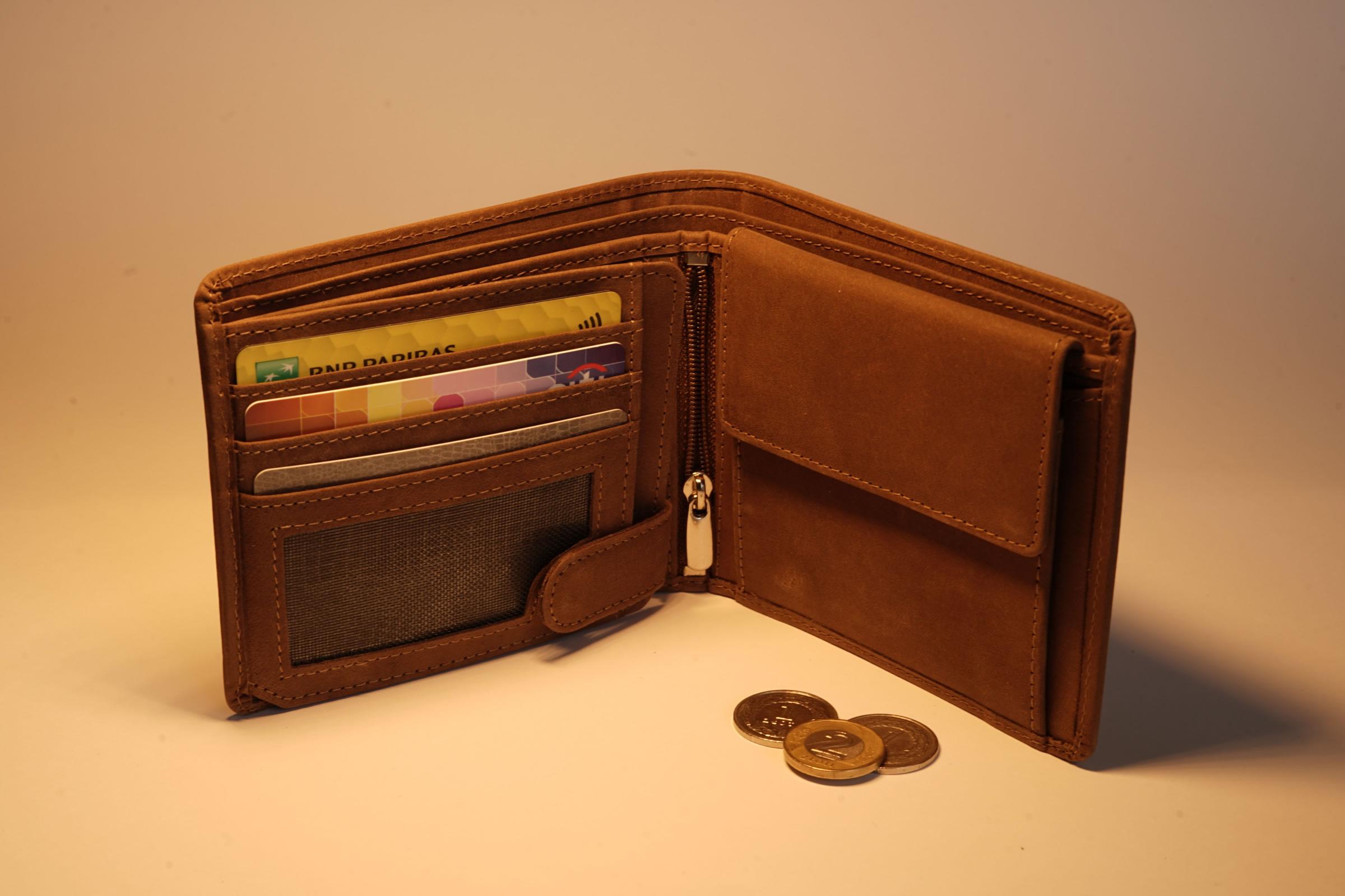 portfel męski, portfel dla mężczyzny, galanteria skórzana