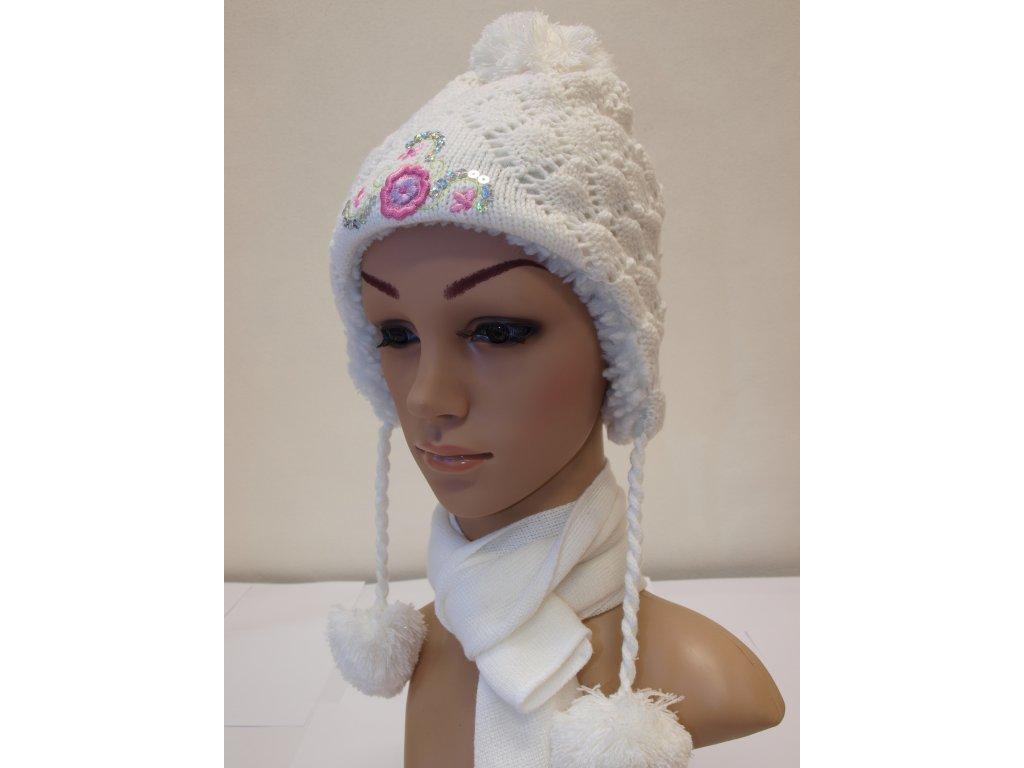Dívčí čepice bílé