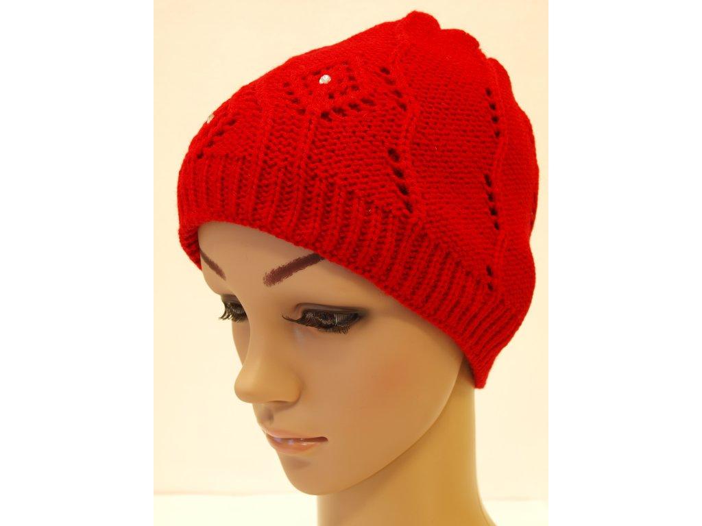 Dámská pletená čepice s kamínky, červená