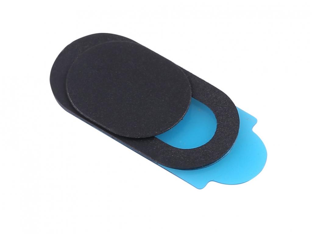 černá plast