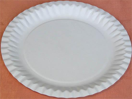papírový talíř