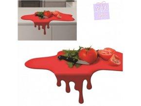 Kaluž prkénko, kuchyňské prkénko červená skvrna