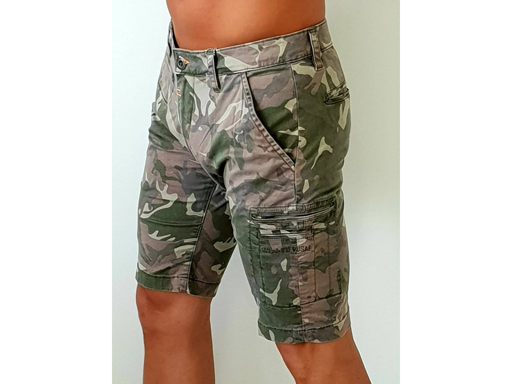 Alpha Industries  Deck Short Camouflage woodl camo