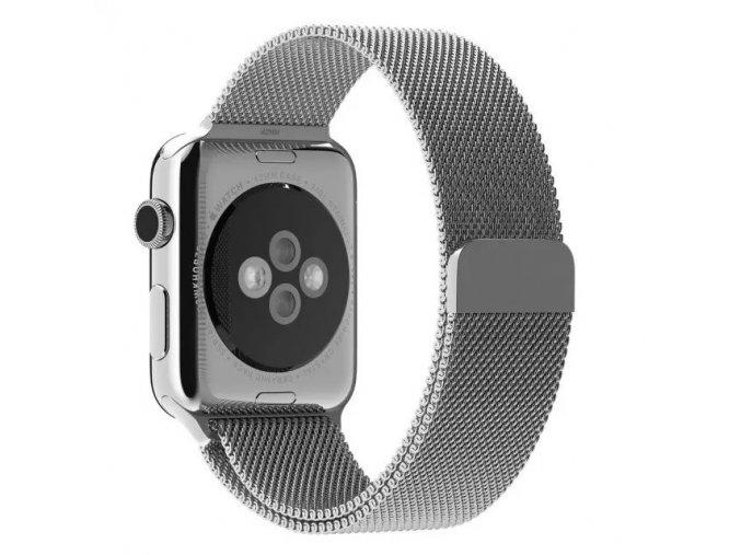 Ocelový řemínek Milánský tah s magnetickým zapínáním pro Apple Watch 42 mm stříbrný