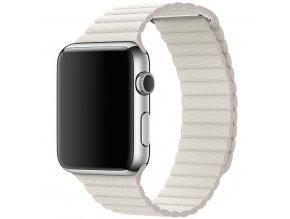 Kožený řemínek s magnetickým zapínáním pro Apple Watch 42, 44 a 45 mm bílý