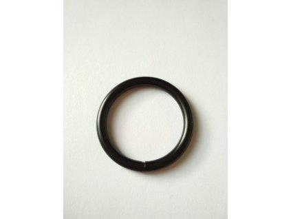 Kovový sedlářský kroužek 30 mm svařovaný černý matný
