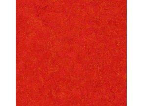 Forbo Marmoleum Click scarlet 333131 30x30cm