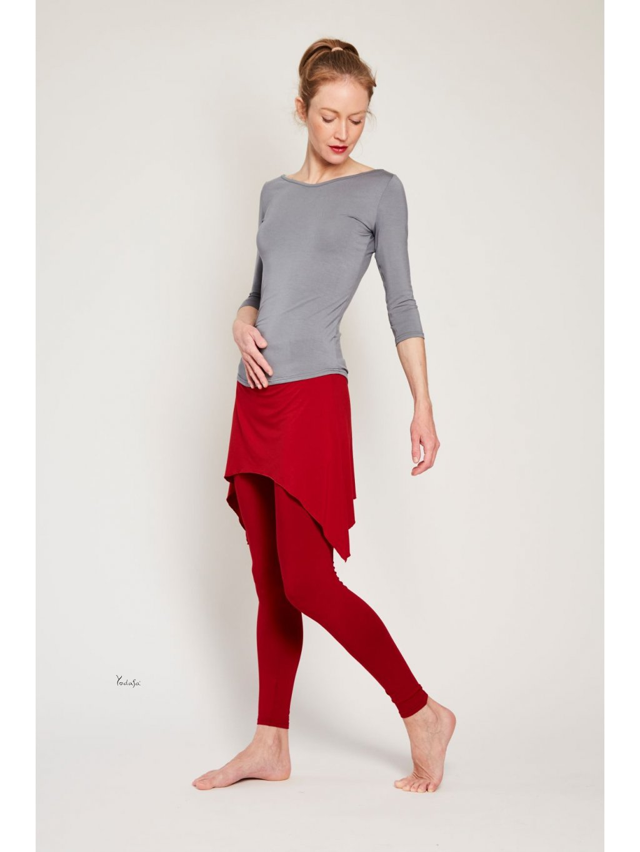 legíny s cípatou sukní rubínově červené