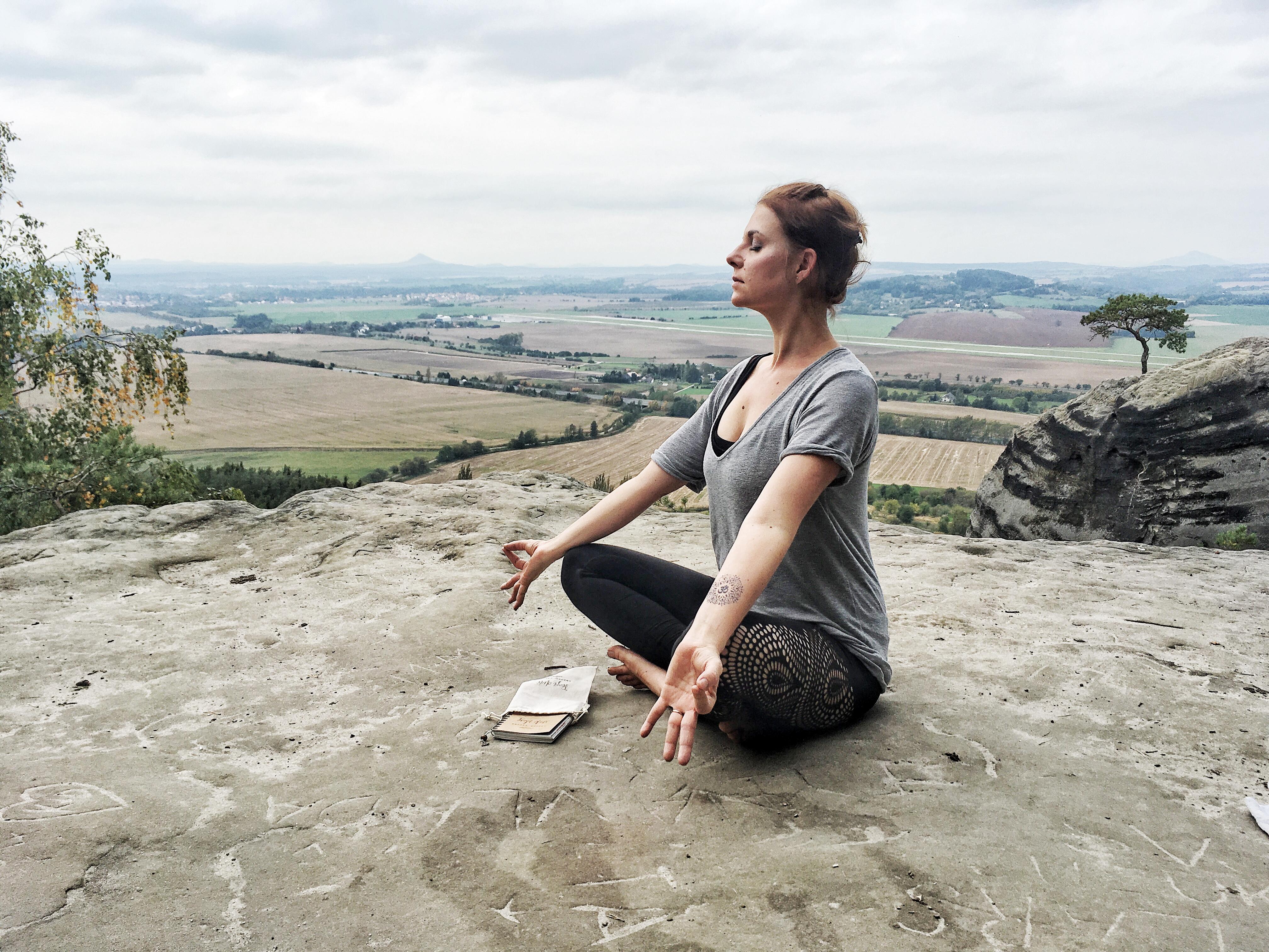 10 důvodů proč cvičit jógu