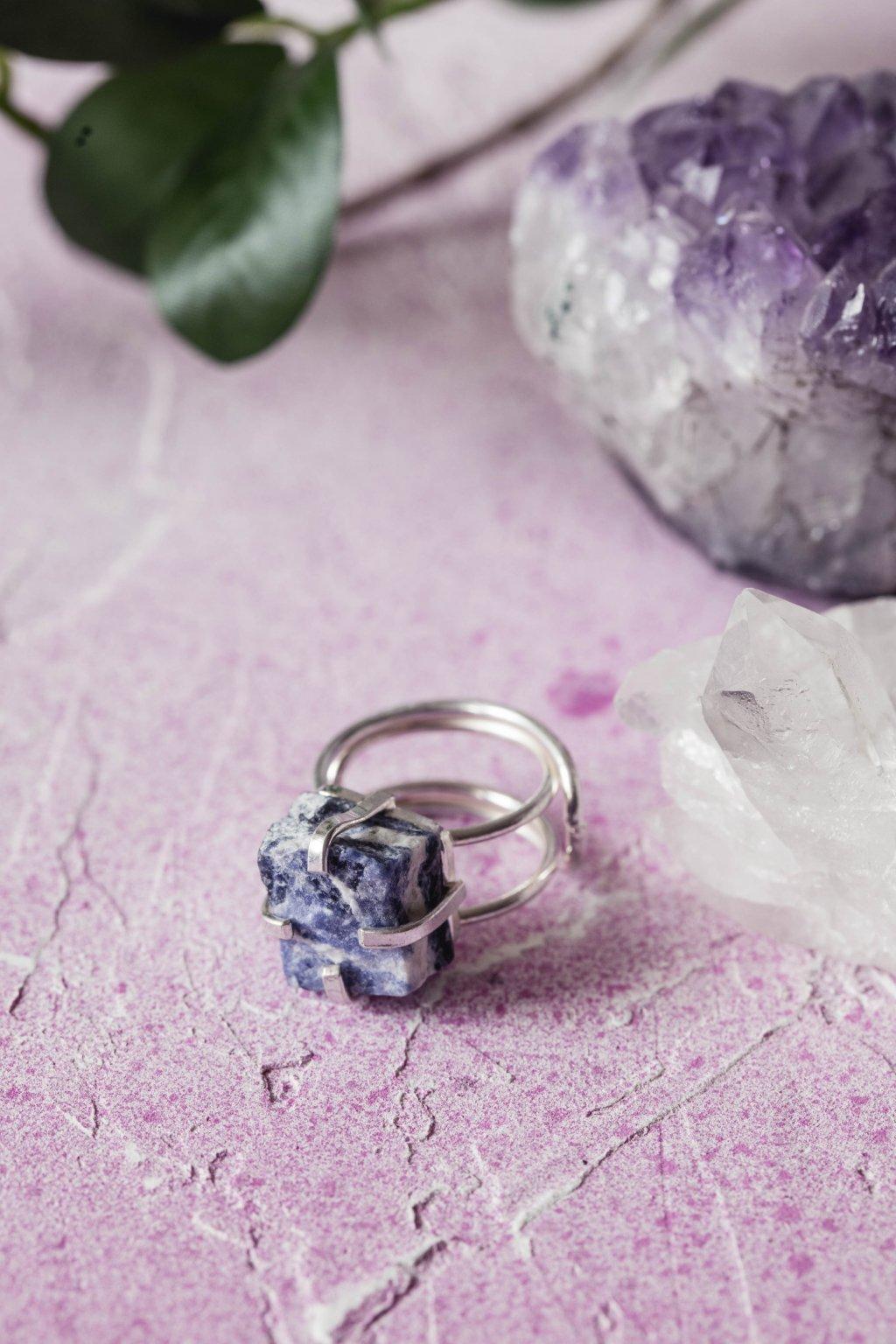 Prsten se sodalitem