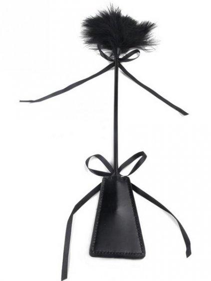 Plácačka s peříčkovým šimrátkem  48 cm