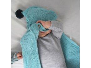 Bavlněná deka s kapucí a pomponami- mintová