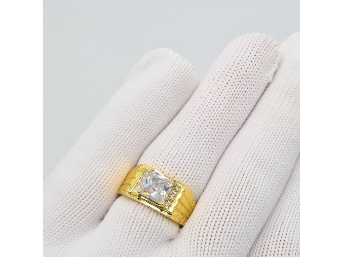 Prsteň Gold-9391