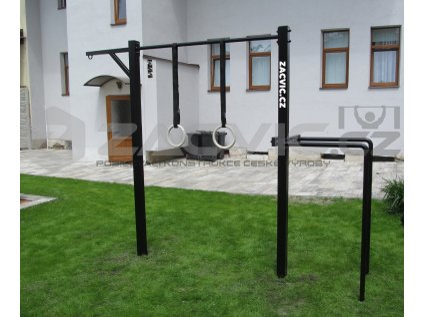 venkovní fitness hřiště