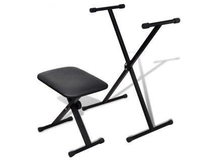 Lavičky a židle pro hudebníky