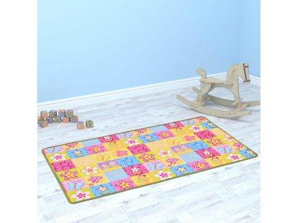 Hrací koberec smyčkový vlas 67 x 120 cm vzor motýlci