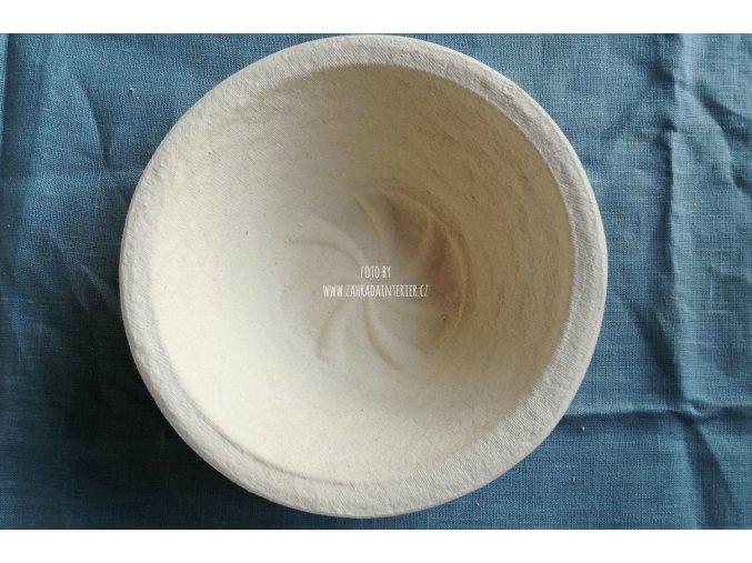 Forma na kynutí chleba,  750  g, vzor spirála