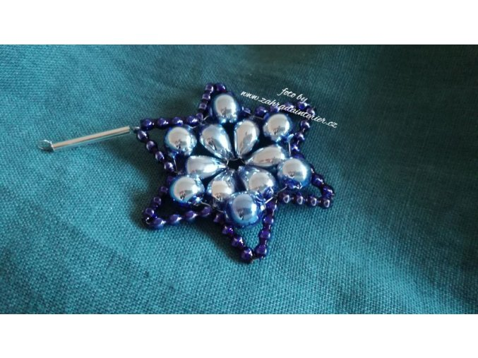 Perličková ozdoba - hvězda modrofialová