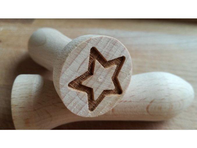 Dřevěné razítko hvězda