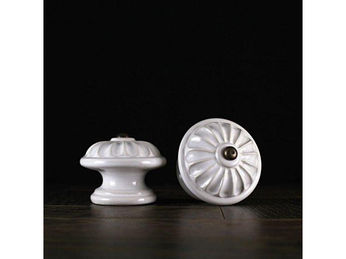 Knopka bílá malá vzor kopretina