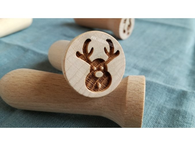 Dřevěné razítko sob