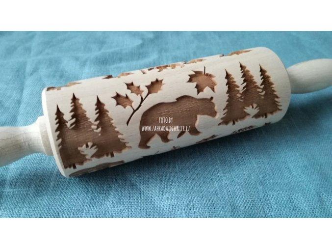 Mini dřevěný váleček medvěd