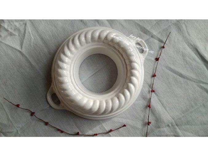 Litinová forma  věnec bílý