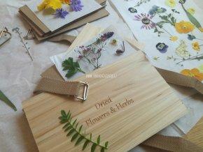 Lis na květiny a listy