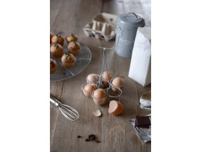 serch01 chicken egg rack lifestyle high res 1 web image