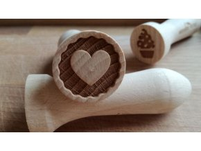 Dřevěné razítko srdce