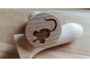 Dřevěné razítko myška