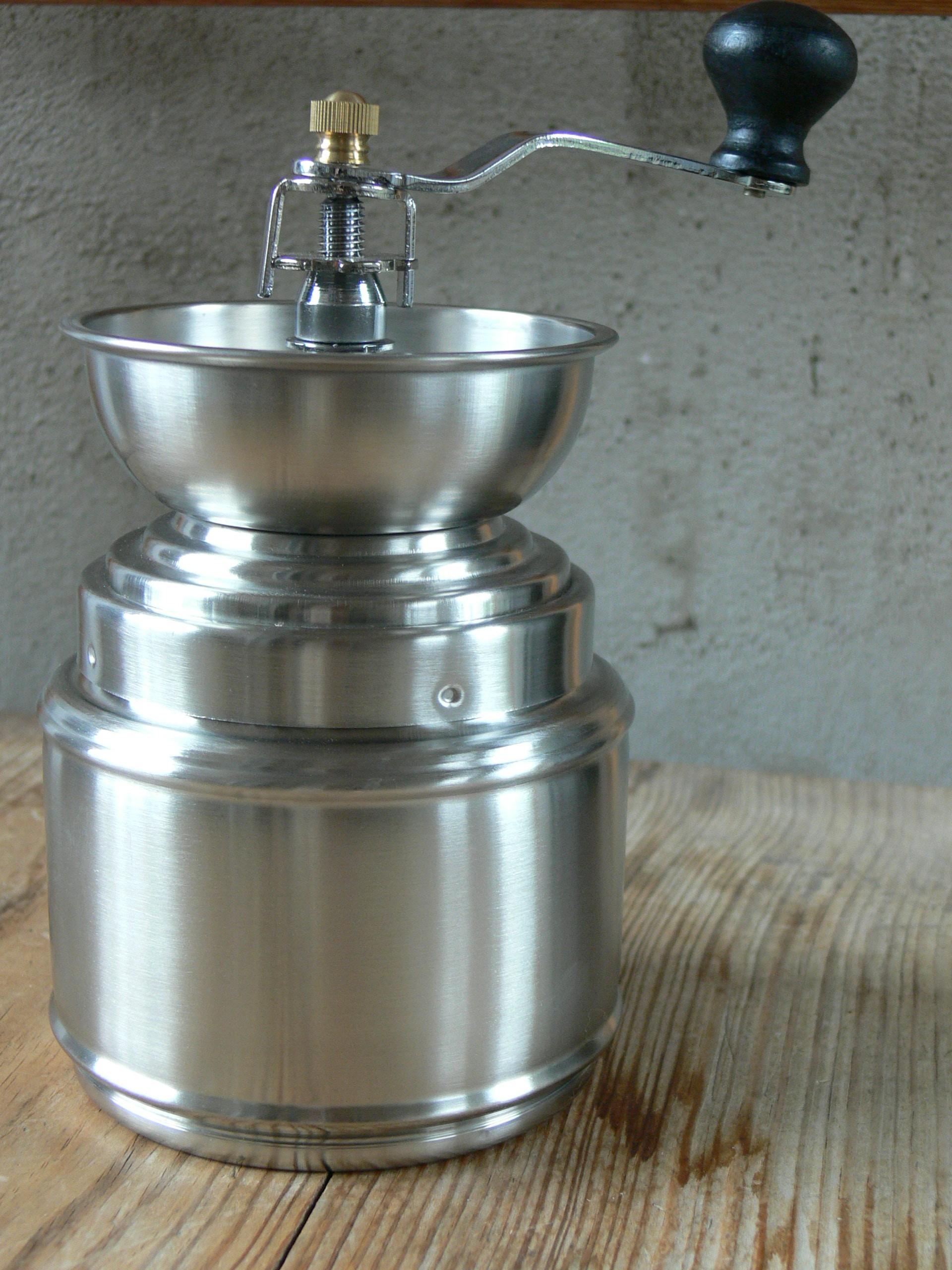 Nerezový ruční mlýnek na kávu