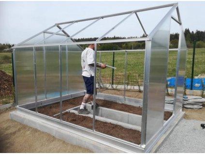 montáž skleníku