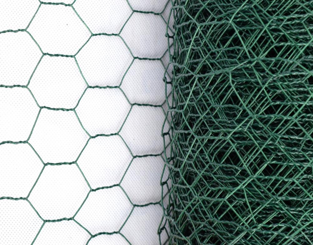 Králičí pletivo chovatelské, zelené (PVC), oko 25 mm, výška 50 cm, role 10 m