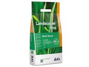 HNOJIVO NA TRÁVNIK Landscaper PRO New Grass