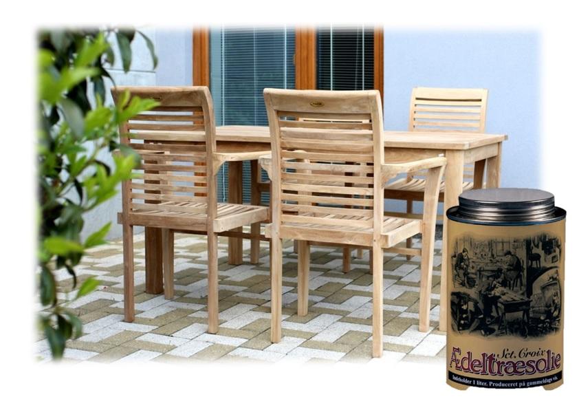 Péče o dřevěný zahradní nábytek